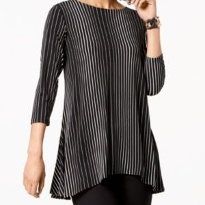 Retro-inspired with bold, printed Stripes Size XXL